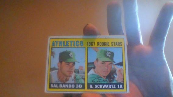 1967 TOPPS SAL BANDO ROOKIE #33