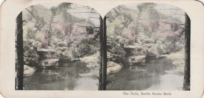 Vintage Early 1900-1920 Stereograph, Photo card: Wisconsin Dells: Rattle Snake Rock