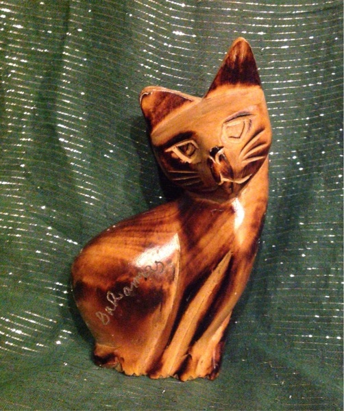 ooden carved pulley cat - 502×600