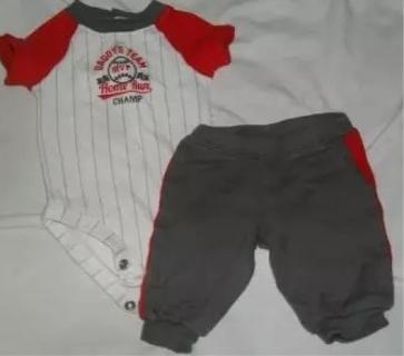 Carter's 'Daddy's Team' Baseball Set