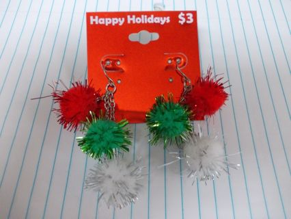 Happy Holidays CHRISTMAS Pom Pom Dangle Earrings NEW