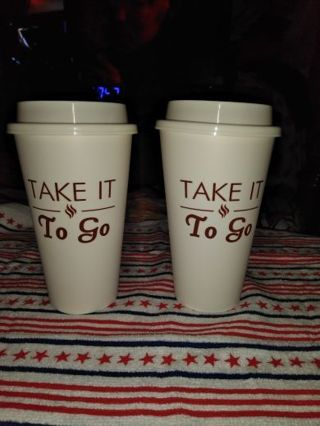 ✨※✨※✨2 BRAND NEW REUSABLE COFFEE CUPS WITH LIDS✨※✨※✨LAST SET!
