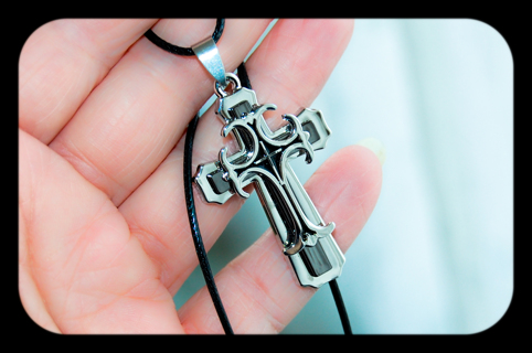 ✝ Stainless 3D  Cross Necklace ✝