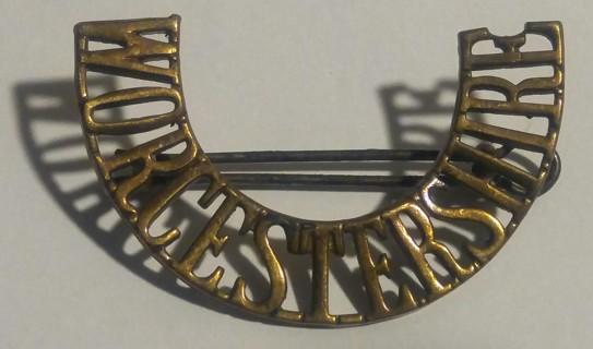 Rare British Worcestershire Regiment Shoulder Title From1942