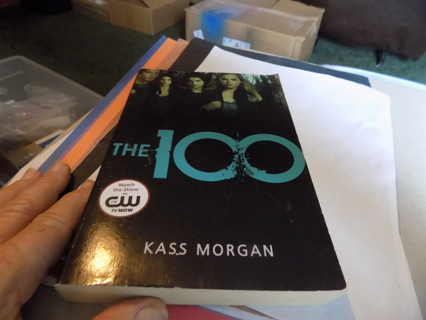 the 100   Paperback book