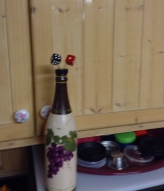 Free dice for wine bottle