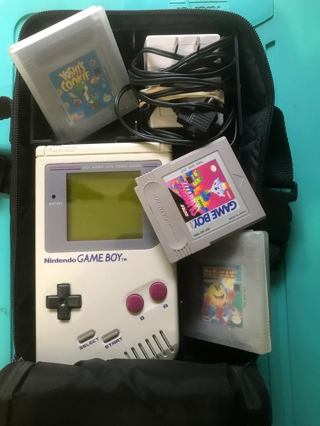 Vintage Nintendo Original Gameboy / Carry Case/ Charger/ Plus 3 games