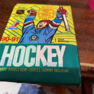 1990-91 o pee chee unopened pack of hockey cards