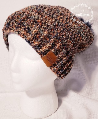 CROCHET YOUNG TEEN/WOMENS HAT WITH REMOVABLE POMPOM FOR WASHING