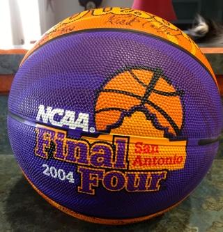 NCAA Final Four 2004 San Antonio Coach Signed Basketball