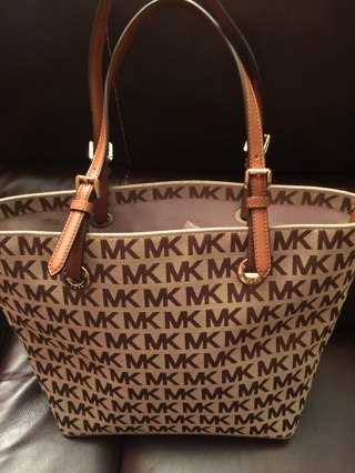 Michael Kors brand new purse with tags attached!!!