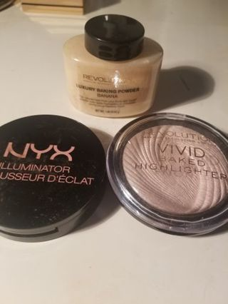 Highlighter and setting powder