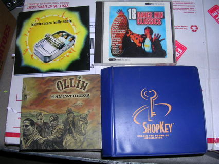 1 CD LOT and CD BINDER Storage Case