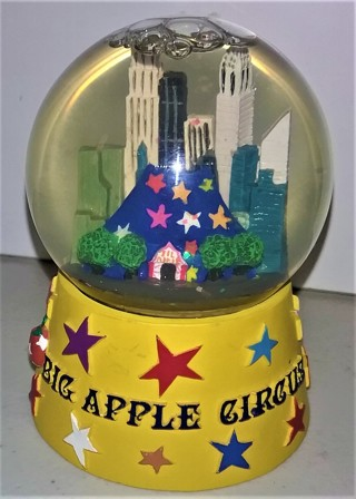"New York City BIG APPLE CIRCUS snow globe - size 3 1/2"" high x 2 1/2"" diameter  10 oz.  VG condition"