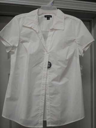 NWT---George--Modern Fit, Wrinkle Resistant Ladies Shirt Size 8/10