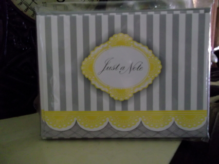 Pretty Note cards with envelopes