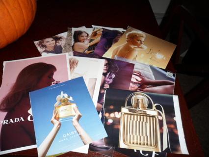25 Women's Paper Perfume Samples