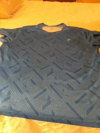 OLD NAVY ACTIVE WEAR SIZE XXL VERY NICE FREE SHIPPING