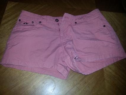 junior shorts Size 11 salmon colored