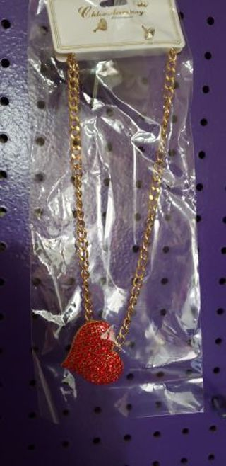 1 heart necklace