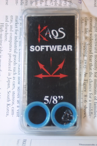 Free Nip New Hot Topic Kaos Softwear Gauges 5 8 Aqua Blue Silicone Tunnels Earskins