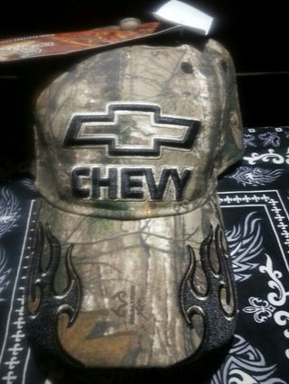 a198ed86eeb Cap Hat  Chevy Signature Team Realtree Camo Stretch Fitted Camo Hat! Brand  New