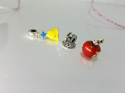 GIN SPECIAL! Pandora Snow White Trio Apple, Tiara, and dress! Would Make A GREAT GIFT!