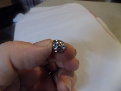 Silvertone 3D round paw print round bead charm