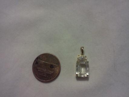 **PRETTY PRETTY** Gold town Faux diamond pendant