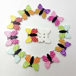 [GIN FOR FREE SHIPPING] 50Pcs Mix Butterfly Shaped Wooden Buttons Polka Dot