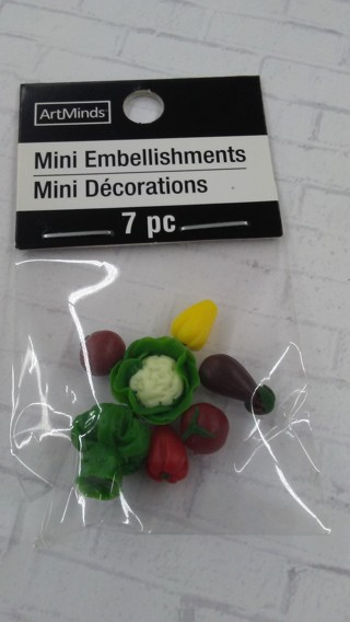 New in Package Miniature Dollhouse Mixed Garden Veggies