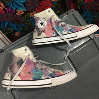 Rare women's converse shoes sneakers size 4 all stars FREE SHIPPING
