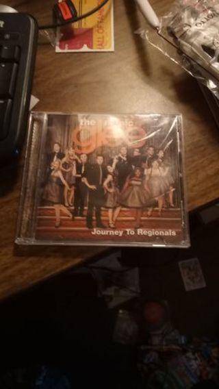 Glee The Music: Journey to Regionals