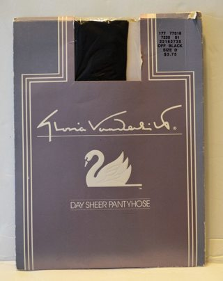 NEW! Gloria Vanderbilt Off Black Size D Sheer Pantyhose- See Size chart in Pictures NEW!
