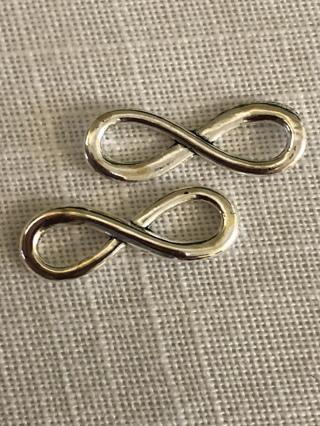 2 Infinity Charms