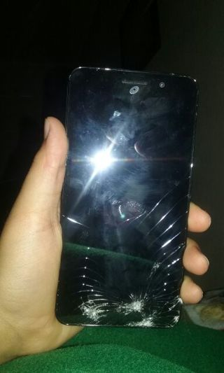 Huawei Raven Lte-cracked (Does Not Work)