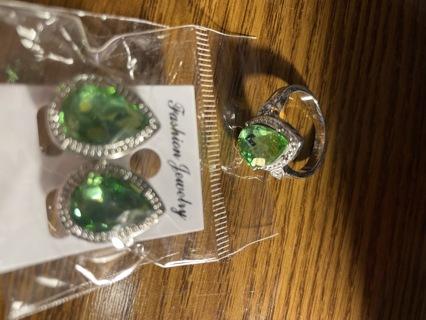3 carat Pear cut ~size 9  matching set