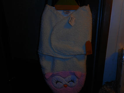NWT 0-3 month OWL Swaddle blanket ~ soft material for those winter days