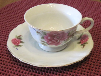 Japan Cup & Saucer, Red Mark