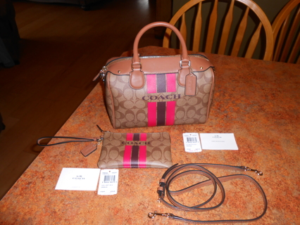 Coach Bennett Purse & Matching Wristlet