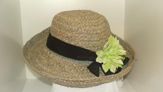ea4dd46cafd63 Free  Liz Claiborne Straw Hat - Women s Outerwear - Listia.com ...