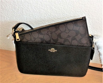 Coach East West Crossbody Crossgrain Leather w/Removable Pouch NWT