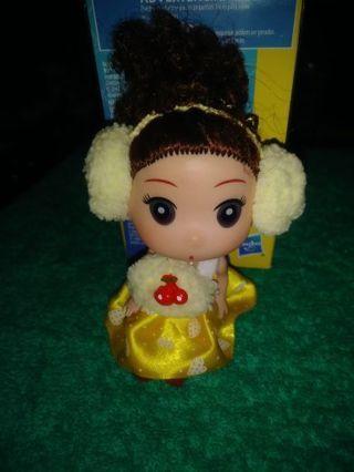 ⚛✨⚛✨⚛BRAND NEW BABY DOLL KEYCHAIN IN YELLOW DRESS,SCARF & EAR MUFFS⚛✨⚛✨⚛