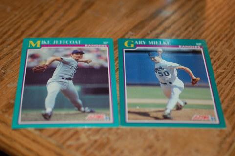 Set of 2 Texas Rangers Baseball Cards 1991 Score