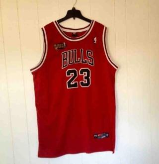 Vtg Original NBA Finals Authentic Michael Jordan Nike Chicago Bulls #23 Red NBA Jersey Size 56 (3XL)