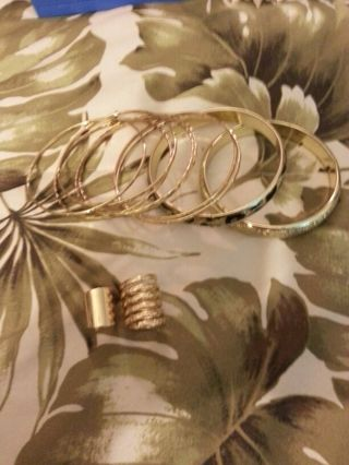 VERY PRETTY Costume Jewelry Set-Lot! NWOT Bracelets and rings.