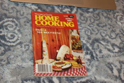 Women's Circle Home Cooking April 1980 Vintage Cook Booklet Recipes 72 Pages -----------