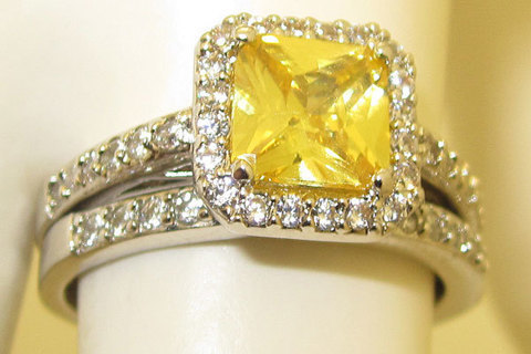 WEDDING ENGAGEMENT RING PINK, YELLOW or WHITE DIAMOND YOUR CHOICE NEW Bachelorette Bling Set