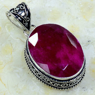 PRETTY INDIAN RUBY GEMSTONE SILVER PLATED PENDANT
