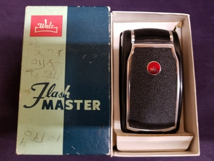 Vintage Walz Flash Master Compact Flash with Original Box